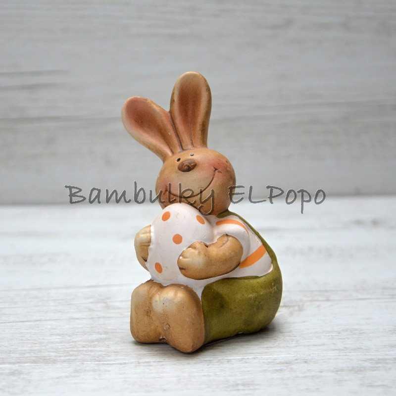 Velikonoční zajíček s vajíčkem
