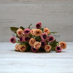 Svazek drobných růžiček (20 květů).