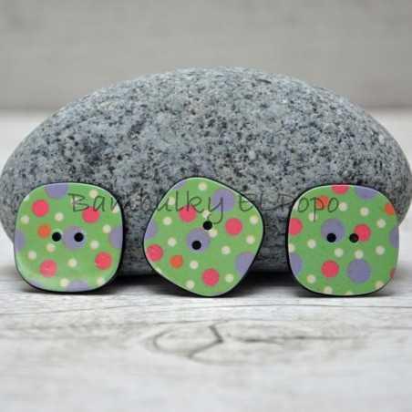 Knoflík puntík zelený (cena za 3ks)