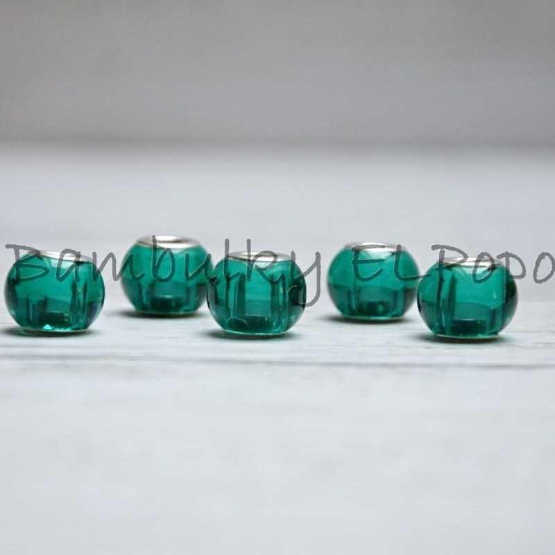 Skleněný korálek zelený smaragdový (cena za 1 kus)